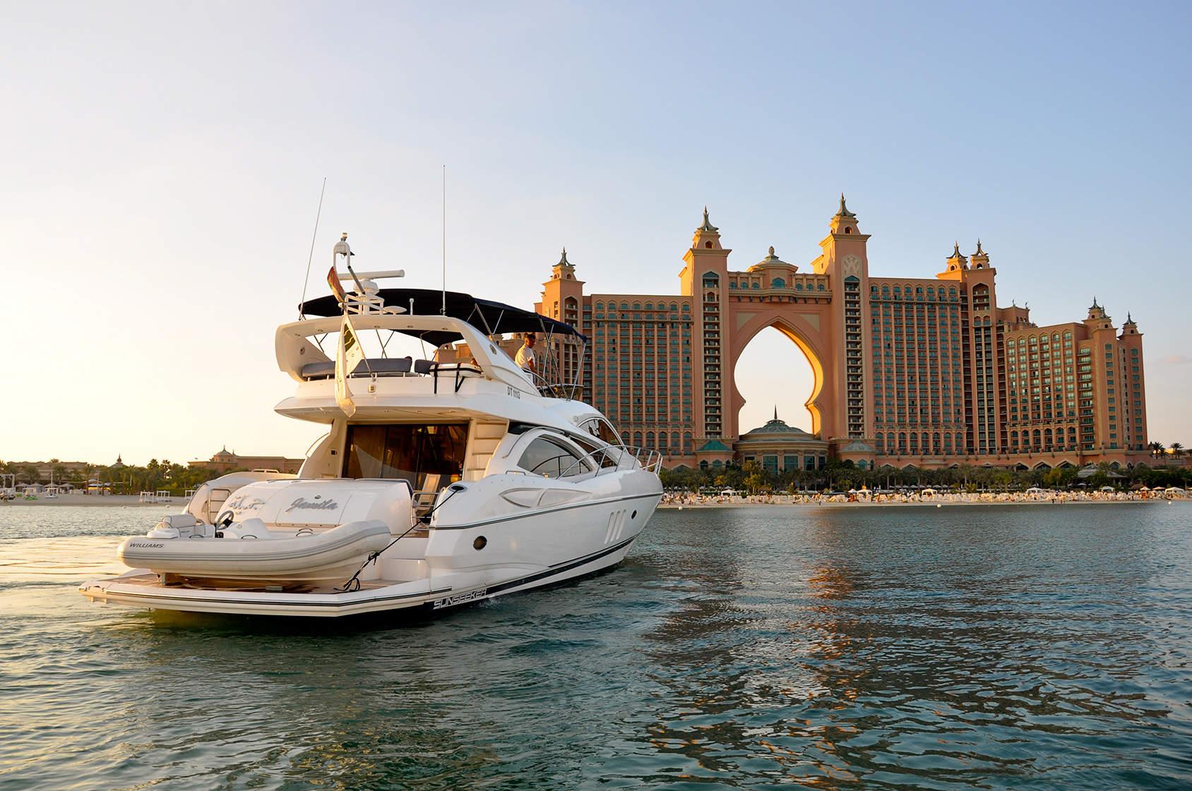 Yacht in Dubai, Birthday Celebration in Dubai